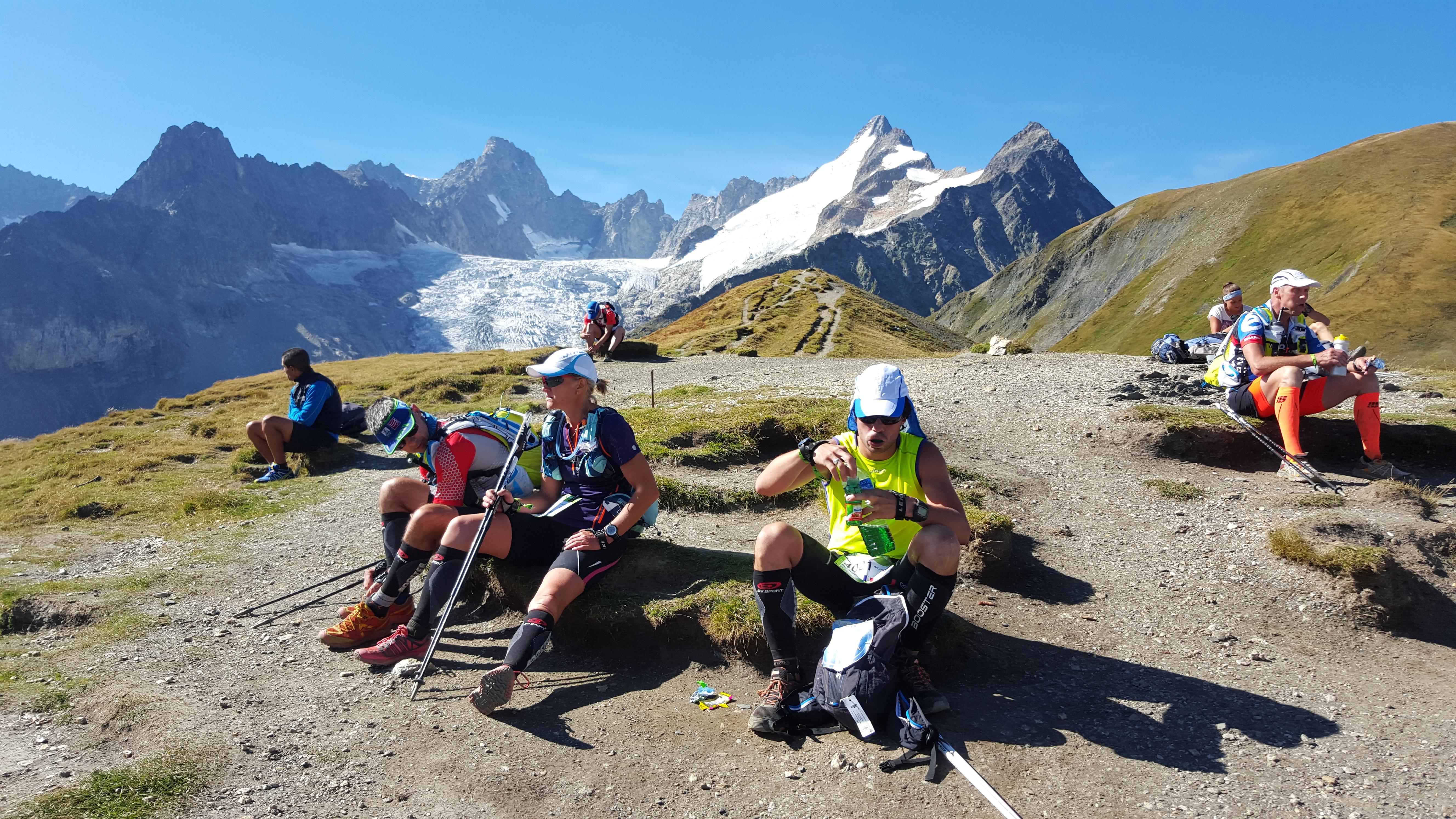 Utsikt över Grand Jorasses-massivet från Grand Col Ferret